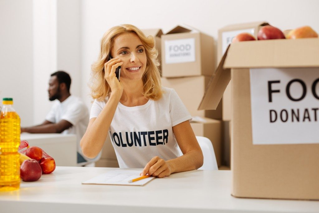 woman volunteering at a charity work